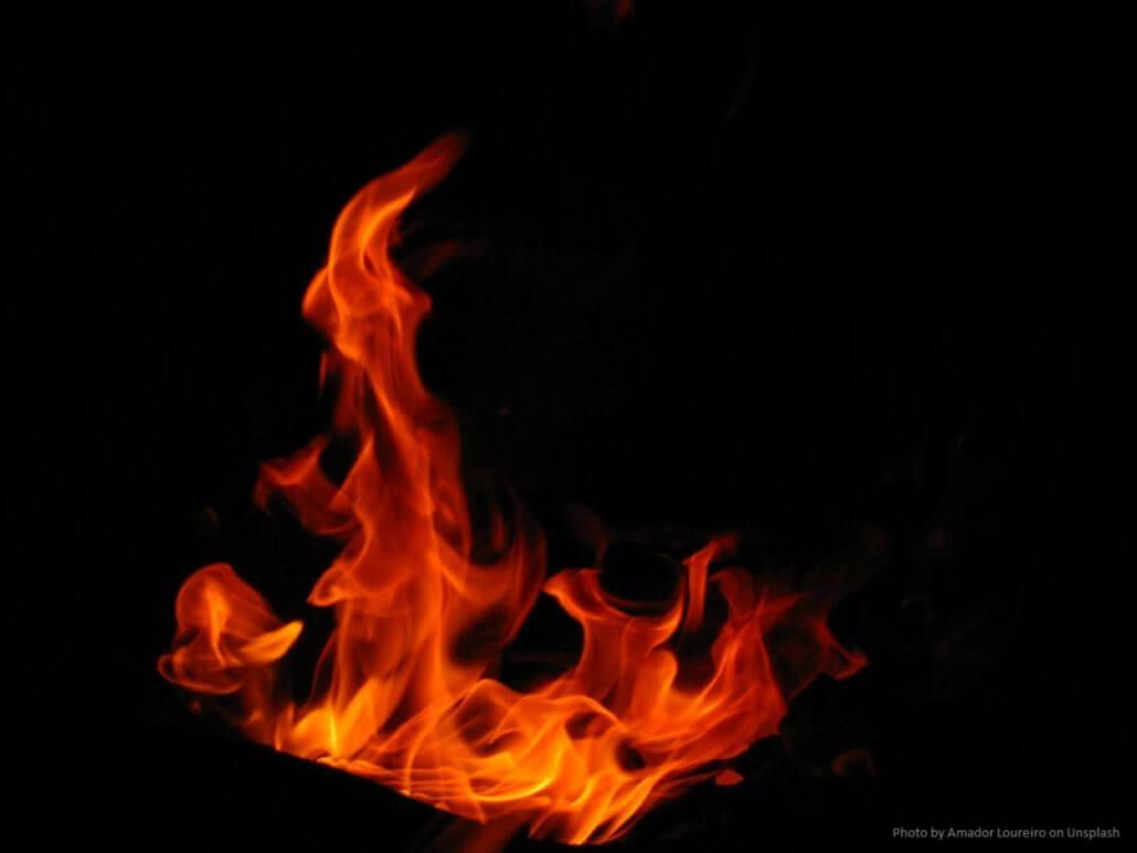 Im Christentum gilt das Pfingstfeuer auch als Symbol für den Heiligen Geist